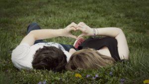 Совместимость имени Октябрина, проявление в любви